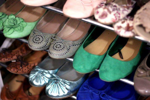 Verschillende soorten vrouwenschoenen